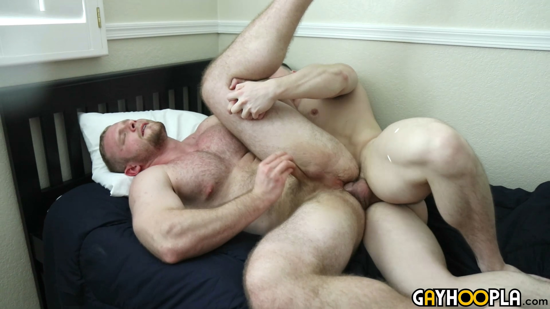 Big Dick Twink Raw Threesome Fuck Baresexyboyscom